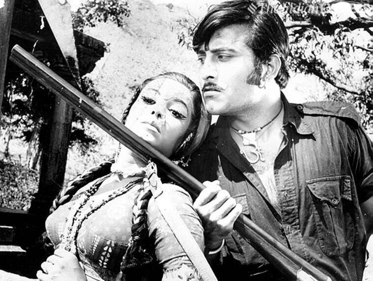 Vinod Khanna as dacoit