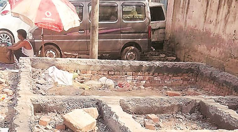 Delhi: North body stops work on mohalla clinic, govt calls it illegal action