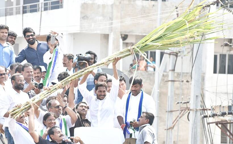 YSRCP, TDP intensify campaigns in Andhra Pradesh