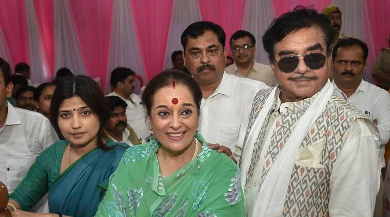 poonam sinha, poonam sinha sp, poonam sinha lucknow, shatrughan sinha, shatrughan sinha wife, shatrughan sinha wife joins sp, rajnath singh, election news, lok sabha elections, lok sabha elections 2019, elections 2019