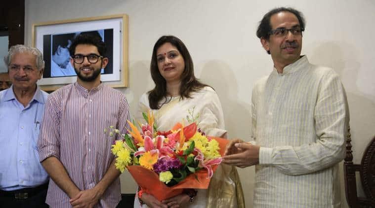 Priyanka Chaturvedi quits Congress, Priyanka Chaturvedi resigns from Congress, Congress, Congress national spokesperson, Rahul gandhim Lok Sabha elections 2019, election news, Indian express, Priyanka Gandhi joins Shiv Sena