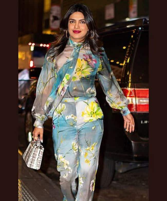 katrina kaif, priyanka chopra, kriti sanon, alia bhatt, sonam kapoor, anushka sharma, fashion, celeb fashion, manish malhotra, Virat Kohli, indian express, indian express news