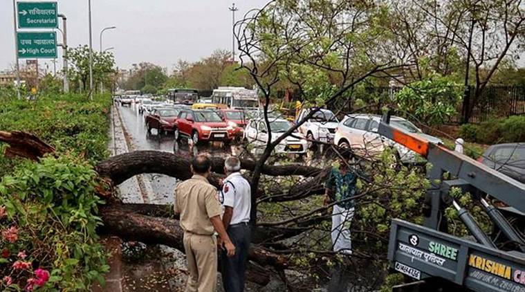 Dozens Killed as Hail, Rain and Lightning Pummel India and Pakistan