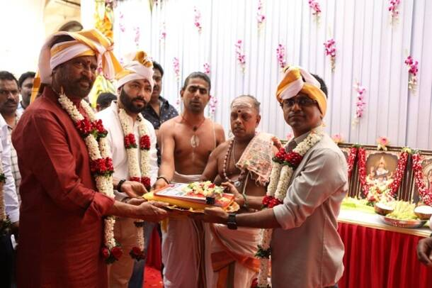 Rajinikanth with AR Murugadoss in Mumbai