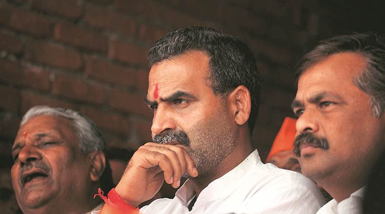 Anti-CAA protests: Minister Sanjeev Balyan has 'only one cure' for Jamia, JNU students