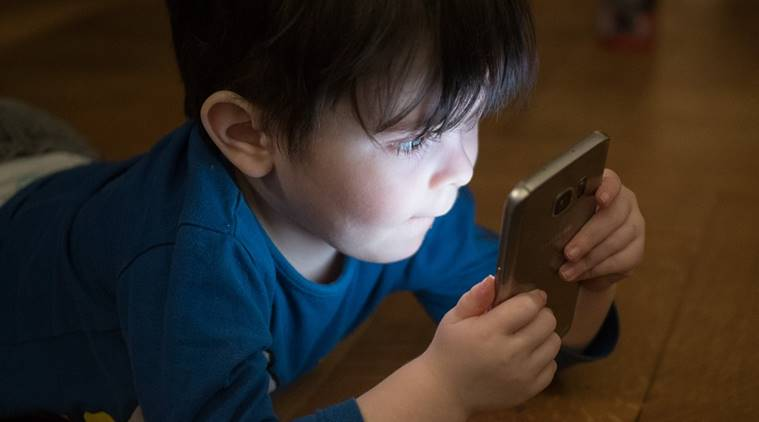 Screen time for kids below 5 should not be more than an hour, says WHO