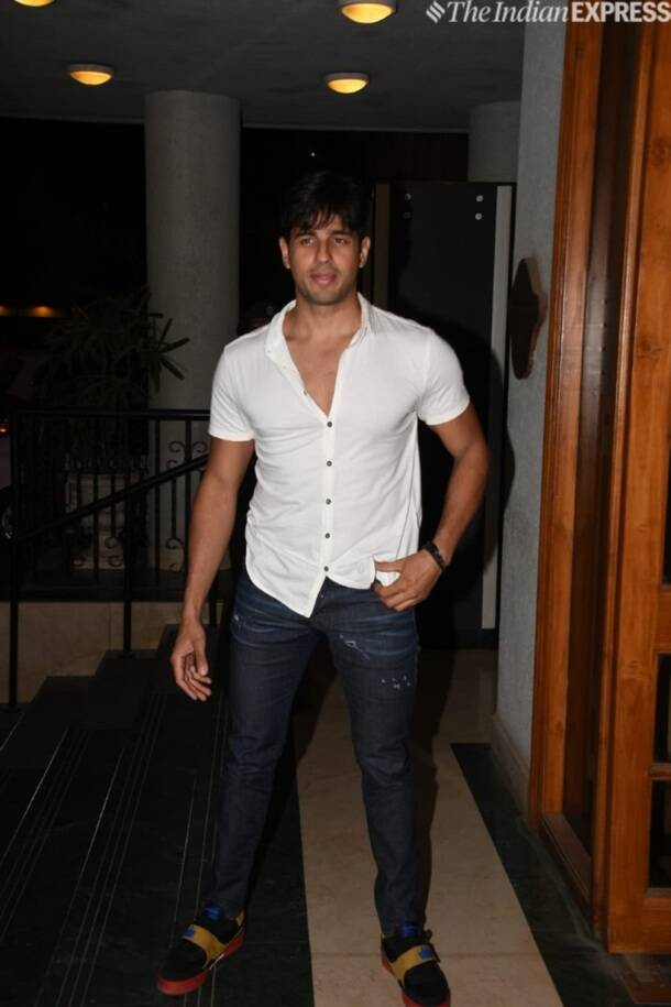 sidharth malhotra at Manoj Bajpayee birthday