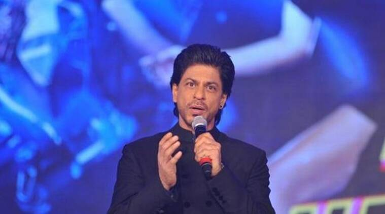 Shah Rukh Khan's hilarious comment on dancing make you go ROFL