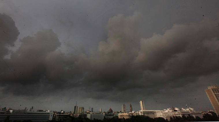 IMD forecasts contrasting weather conditions in Gujarat, orange alert issued for tomorrow