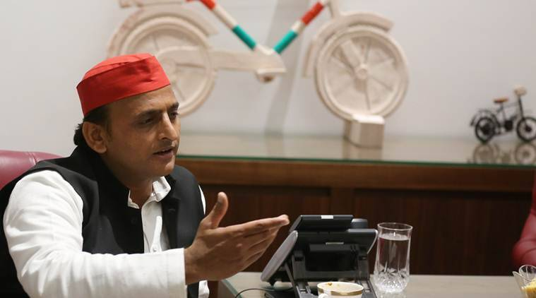 akhilesh yadav, jungle raj, uttar pradesh, uttar pradesh jungle raj, up governor, akhilesh meets up governor, up law and order situation, indian express