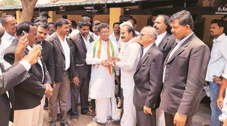 In Karnataka's Bellary, a class divide between BJP and Congress base; Congress holds on to its