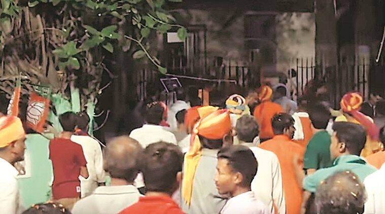 Bengal violence: Stones came from campus, men in saffron shirts seen breaking Vidyasagar bust