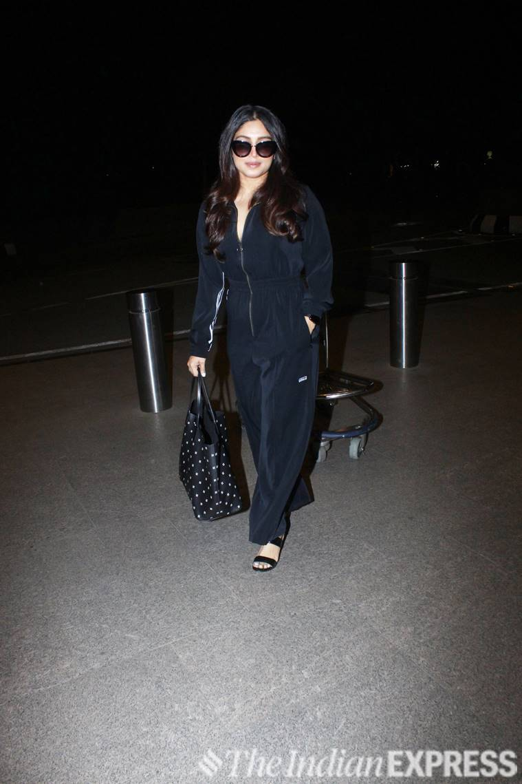 bhumi pednekar, bhumi pednekar fashion, celeb fashion, celeb airport fashion, indian express