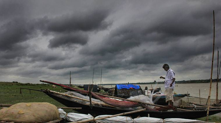 Weather today, Cyclone Fani LIVE News Updates: PM calls Bengal governor to take feedback about storm