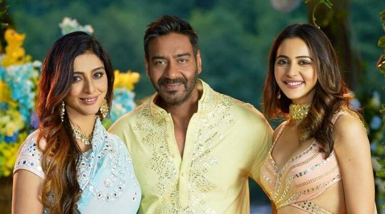 Hilarious! Ajay Devgn takes a dig at Tabu with throwback image