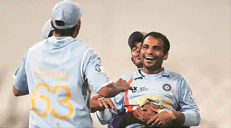 ms dhoni, dhoni, Dhoni Cricket World Cup 2019, dhoni batting, Dhoni T20 world cup, Joginder Sharma T20 world cup, mindian cricket team, cricket news, sports news, indian express