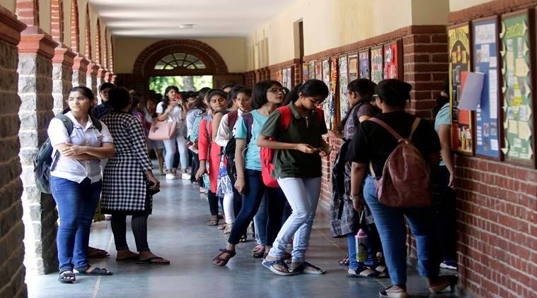 cbse, cbse result, cbse 12th reevaluation result, cbse.nic.in, cbse result, cbse revise result, DU admissions, university of delhi, delhi university admission, du admission form change in marks, du.ac.in, education news