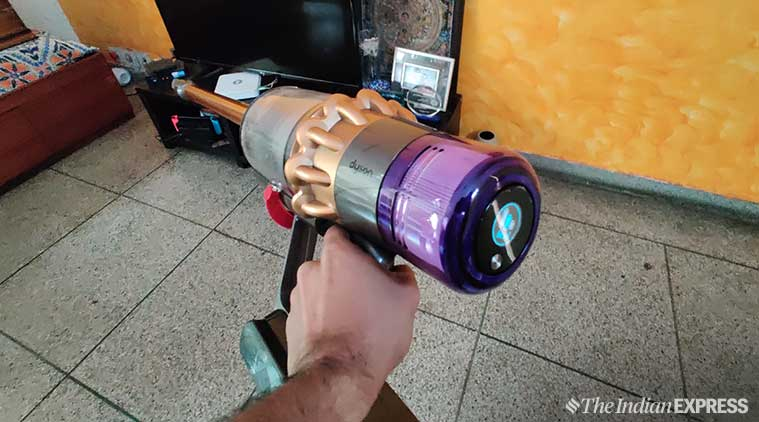 Dyson V11 Review Power In Your Hands Literally
