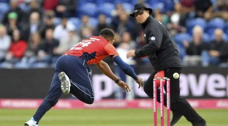 England beats Pakistan by 7 wickets in T20, Archer impresses