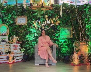 Inside Esha Deol S Baby Shower Entertainment Gallery News The Indian Express,Best Color Paint For Small Bedroom