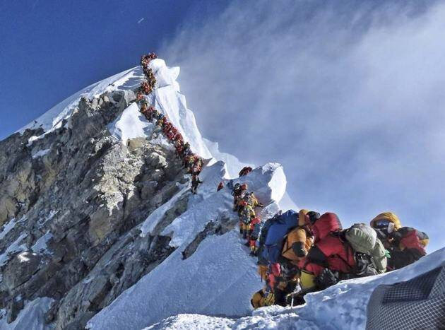 MT everest, nepal, mountaineers dead, death on everest, everest climbing, mt everest climbing, indian express