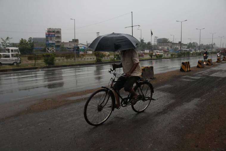 cyclone fani, cyclone fani odisha, cyclone fani in odisha today, cyclone fani today in odisha, imd, cyclone fani news, cyclone fani kolkata, cyclone fani live news, cyclone fani video, cyclone fani live video, cyclone fani location, weather today, today weather, cyclone fani in chennai