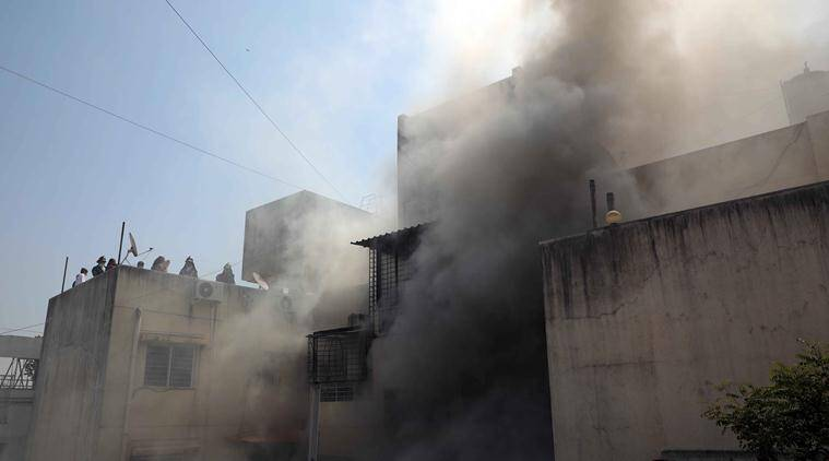 Pune: Fire breaks out at Shaniwar Peth building, 26 residents rescued