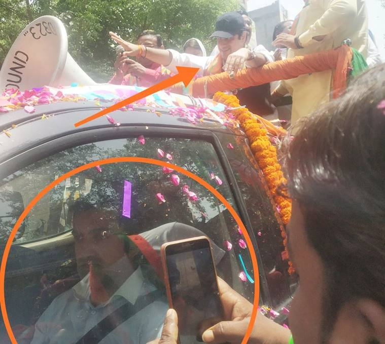 Gautam Gambhir using his 'duplicate' for campaigning to avoid heat, AAP claims; tweets picture