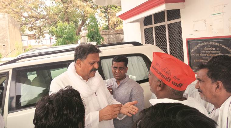 Seat watch Ghazipur: Armed with 'development' claims, minister fights caste arithmetic