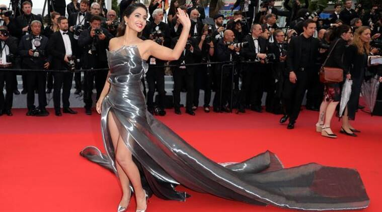 Hina Khan on Cannes controversy: I did feel bad