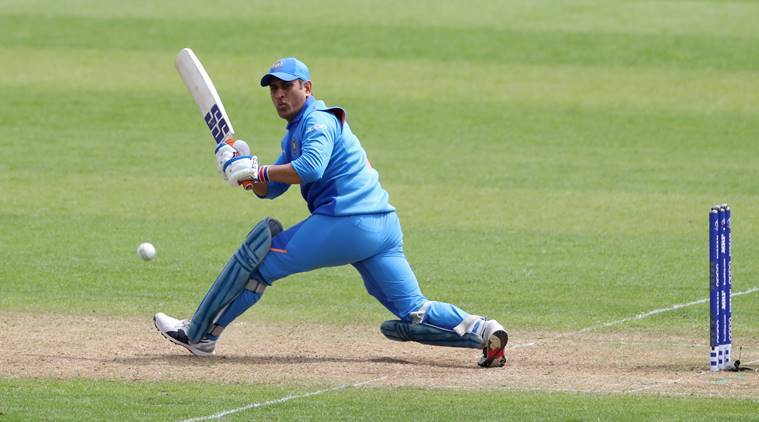 Dhoni's Indian Army tribute draws ICC's censure