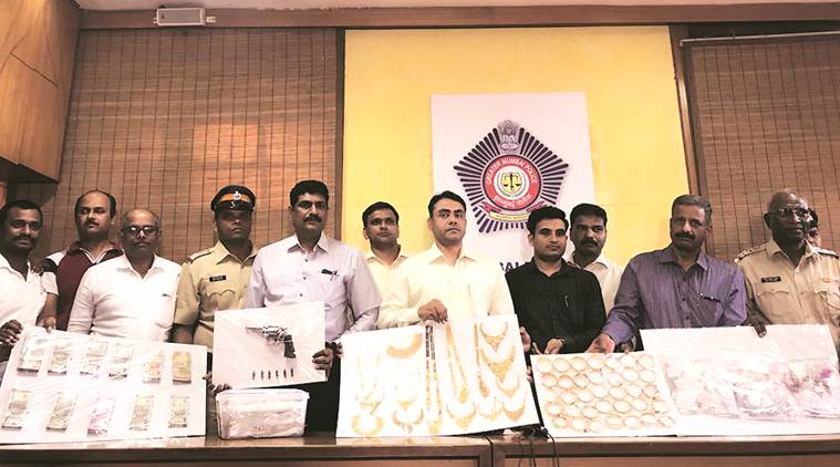 Two arrested for jewellery theft