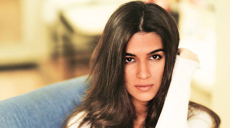kriti sanaon, kriti sanon actress, kriti sanon interview, bollywood, bollywood movies, bollywood actress, bollywood actor, bollywood actor interview, indian express