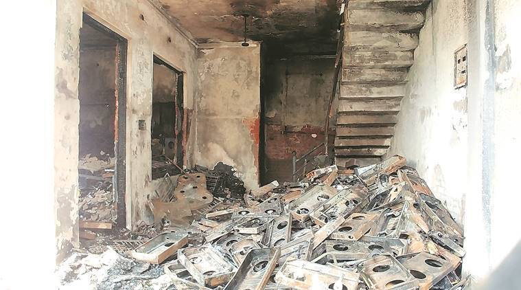 Lucknow fire, Lucknow family killed in fire, Geet Vihar Lucknow, Lucknow Geet vihar fire, india news, indian express, latest news