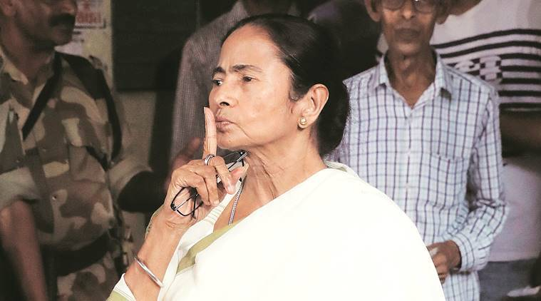mamata banerjee, west bengal chief minister, west bengal chief minister mamata banerjee, niti aayog, niti aayog governing council, niti aayog governing council meeting, prime minister narendra modi, narendra modi, pm modi, india news, Indian Express