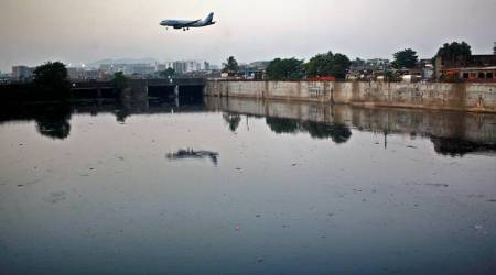 Mithi river, Mithi river mumbai, cleaning mithi river, Afroz shah mithi river, mithi river afroz shah, mithi river mumbai cleaning, cleaning mithi river, mithi river cleanup project, indian express, latest news
