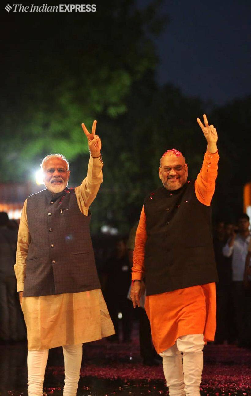 bjp, bjp celebrations, pm modi, modi wave, modi 2.0, amit shah, tsunamo, bjp lok sabha elections, bjp lok sabha election result, lok sabha election results, election results, election results 2019, bjp victory, bjp seats, bjp result, election news, indian express