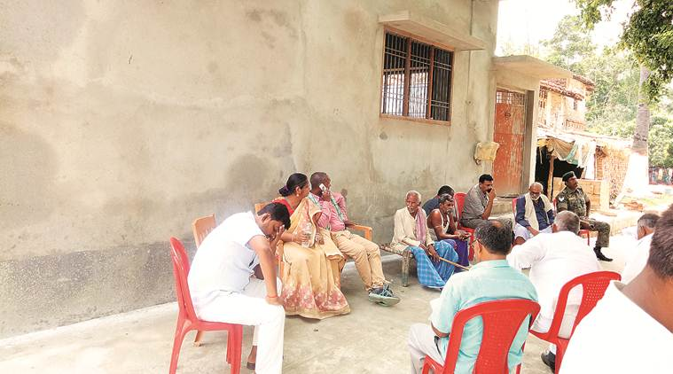 Bihar: In Nitish Kumar's village, residents say close fight on cards