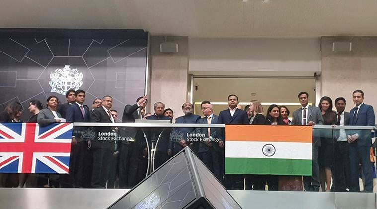 Kerala CM opens floor for trading at London Stock Exchange, attends listing of KIIFB masala bonds