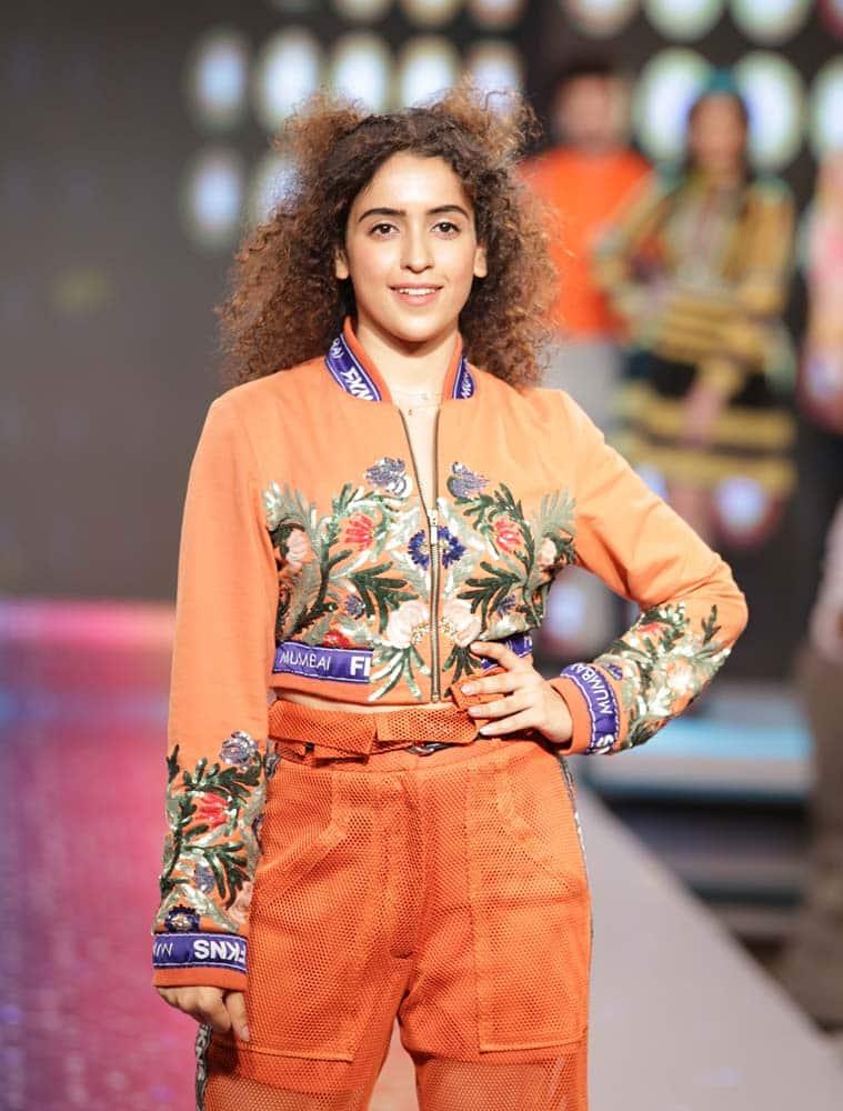 sanya malhotra, sanya malhotra fashion week, sanya malhotra streax fashion show, sanya malhotra, indian express, indian express news