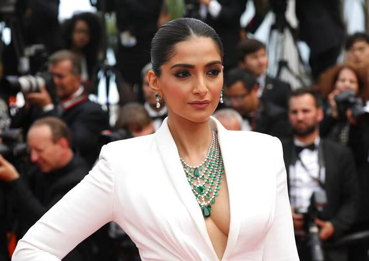 sonam kapoor cannes red carpet photos