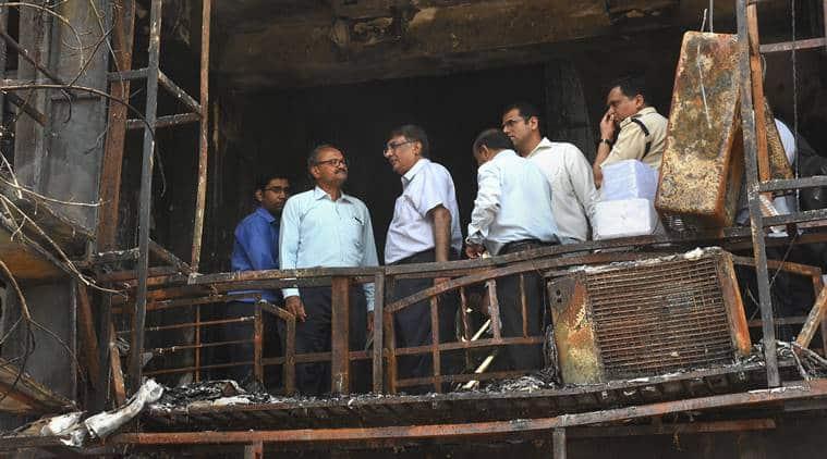 Surat fire, Surat coaching centre fire, Gujarat fire, Gujarat coaching centre fire, Gujarat fire accident, Takshashila Complex fire, coaching centre fire, surat fire dead, indian express
