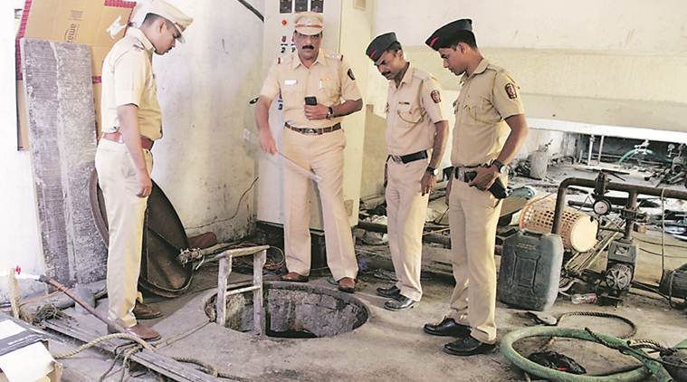 Mumbai septic tank deaths: Two contractors, 2 members of Thane housing society held