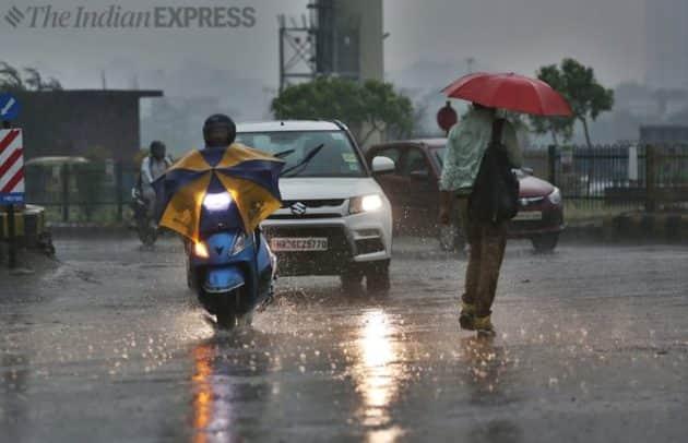 Delhi, Delhi showers, Delhi rains, Delhi Humidity level, Meterological department, Weatherman, Delhi news, Indian Express news