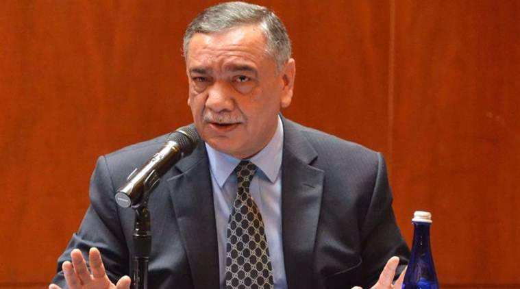 Economy in tatters and chaos in the parliament is unfortunate: CJP Khosa