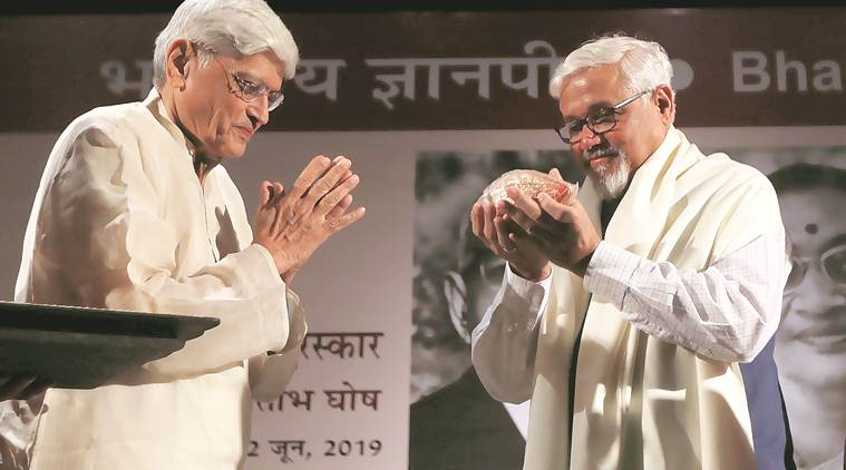 It's impossible for an Indian to be monolingual: Amitav Ghosh