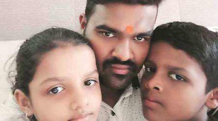 avdhesh dubey, train hawker, viral video, videos of politicians, parody of politicians, indian express