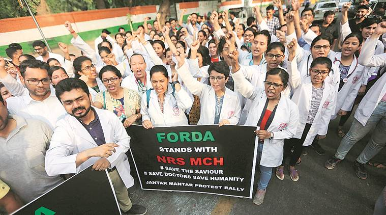 AIIMS, AIIMS Resident doctors protest, West Bengal doctors protest, Mamata Banerjee doctors protest, attack on doctor in West Bengal, India news, Indian Express