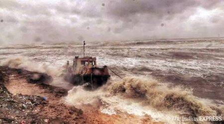 Cyclone Vayu,Cyclone Vayu gujarat, Cyclone Vayu news, weather news, india news, india cyclone news,Cyclone Vayu update, Cyclone Vayu gujarat date, Cyclone Vayu india date, Gujarat weather, weather news, gujarat weather news, weather news, weather news gujarat, gujarat cyclone news, indian express,