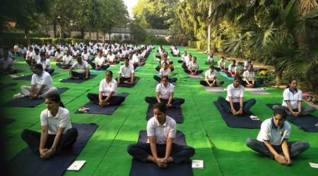 delhi, delhi news, international yoga day 2019, yoga day 2019, yoga day celebrations, yoga day celebrations 2019, yoga day 2019 celebrations, yoga day in delhi, india news, Indian Express